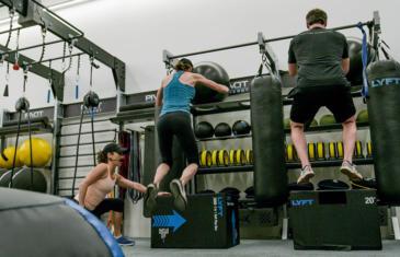 Fitness programming Aktiv Solutions Zenergy Pivot Studio column