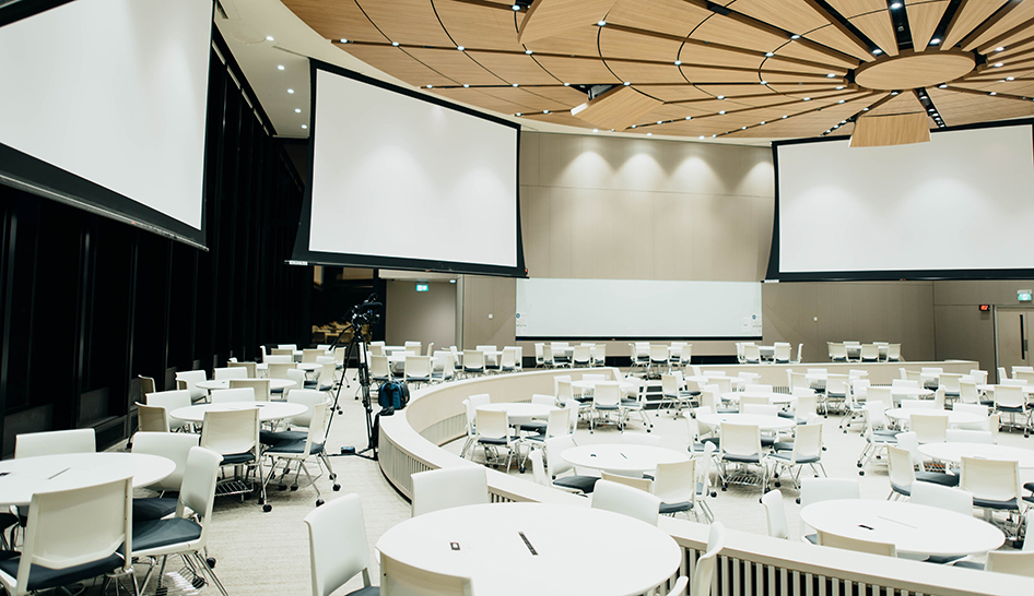 Equipment conventions gatherings conferences event Pexels stock column