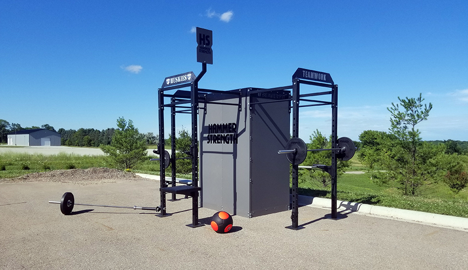 Fitness programming life fitness box outdoors column