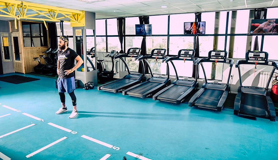 Industry news Talks Takes Feb 2021 Unsplash Stcok man gym treadmill column