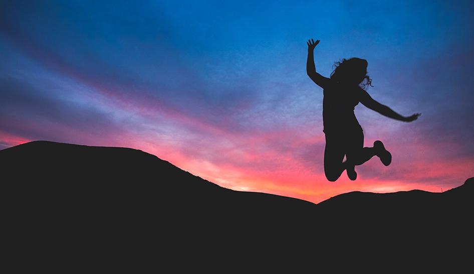 Leadership sunset jumping Unsplash stock column