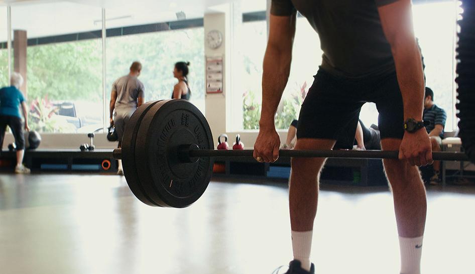 Member retention Avenu Fitness barbell column